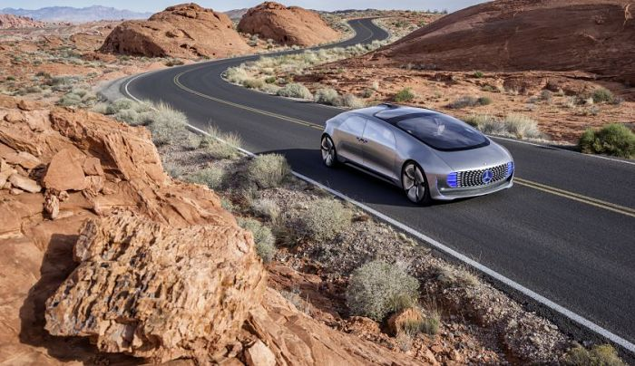 Mercedes-Benz F015 - Luxury in Motion - Vision de la voiture autonome par Mercedes