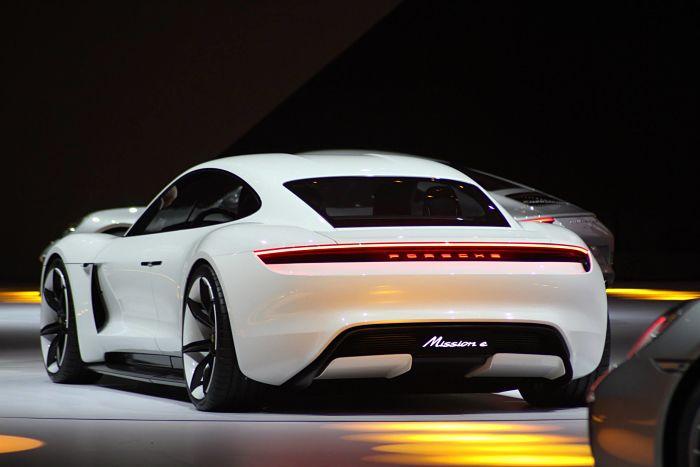 Porsche Mission E : la guerre contre Tesla a commencé