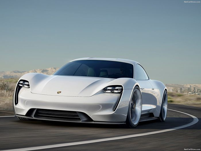 Porsche-Mission_E_Concept_2015_1600x1200_wallpaper_01_opt