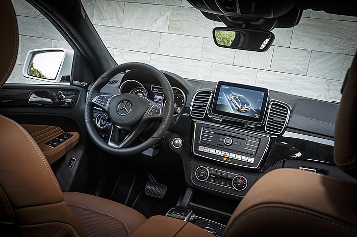 mercedes-gle-coupe-2015-350d-fascination-blanc-47