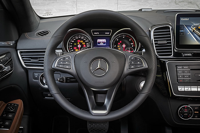 mercedes-gle-coupe-2015-350d-fascination-blanc-48