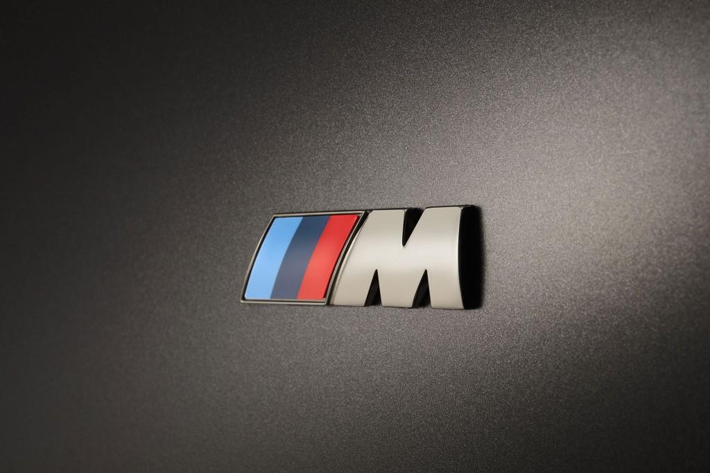 2016_BMW-M760Li-xDrive_10