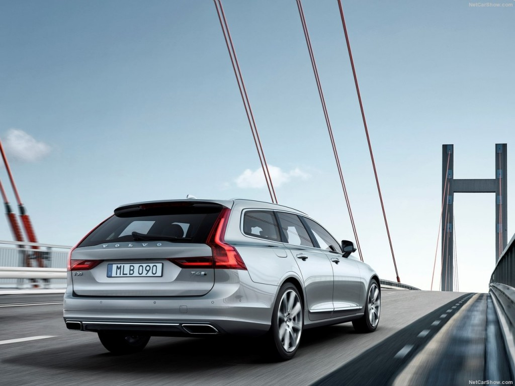 Volvo-V90_Estate_2017_1280x960_wallpaper_08