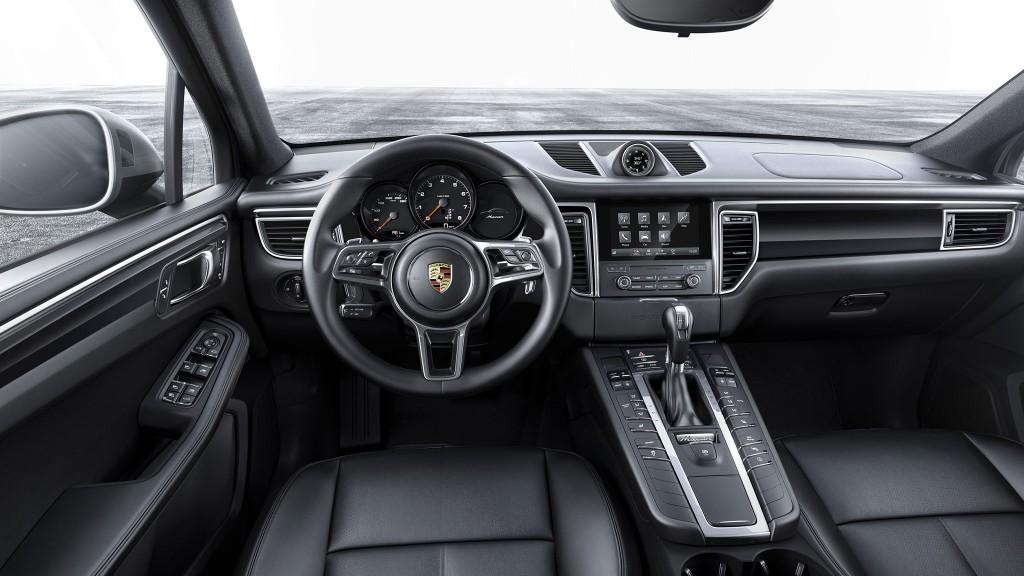 2016_Porsche-Macan_03