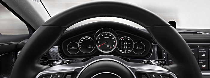 Porsche Panamera 2017 cockpit