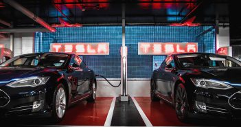 Station Superchargers Tesla