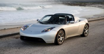 tesla-roadster-front-three-quarters-left