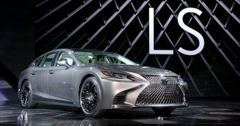 2017naias_lexus_reveal_03_413ccb43919bb4c3fb9ac1b3275687306f09cbeb