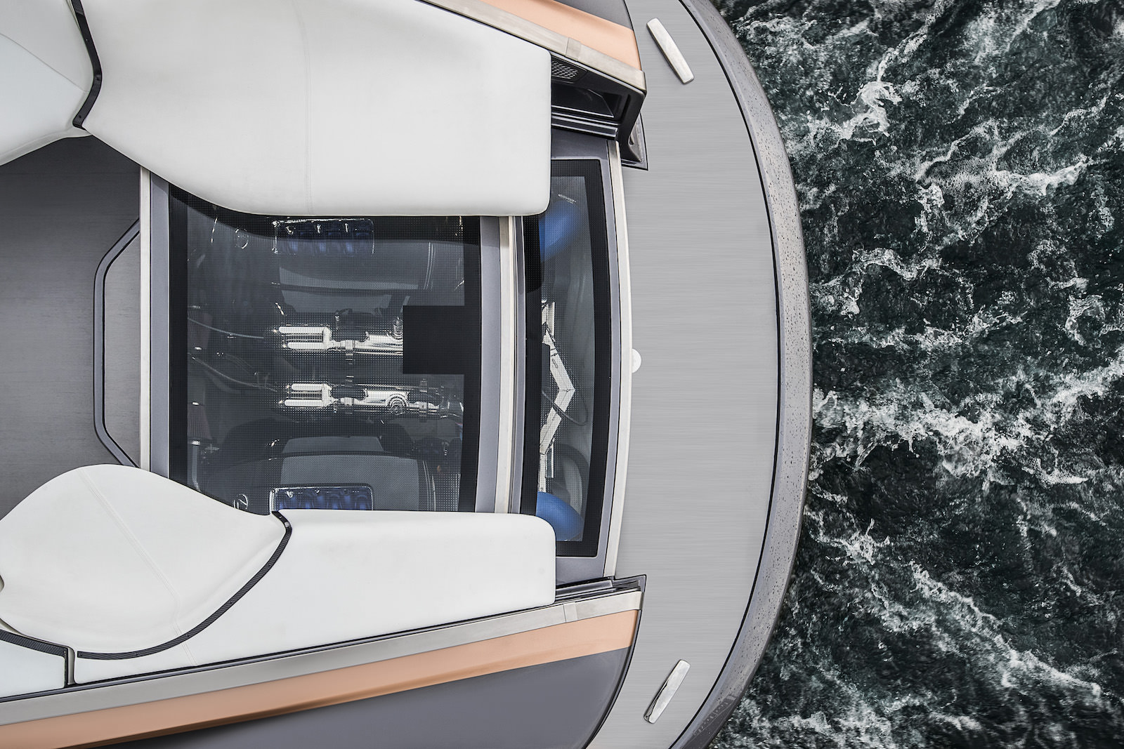 Lexus_Sport_Yacht_concept_11_D456AE44C0AFAF58AA5AC7144E0B6AA1E0E323B9-1
