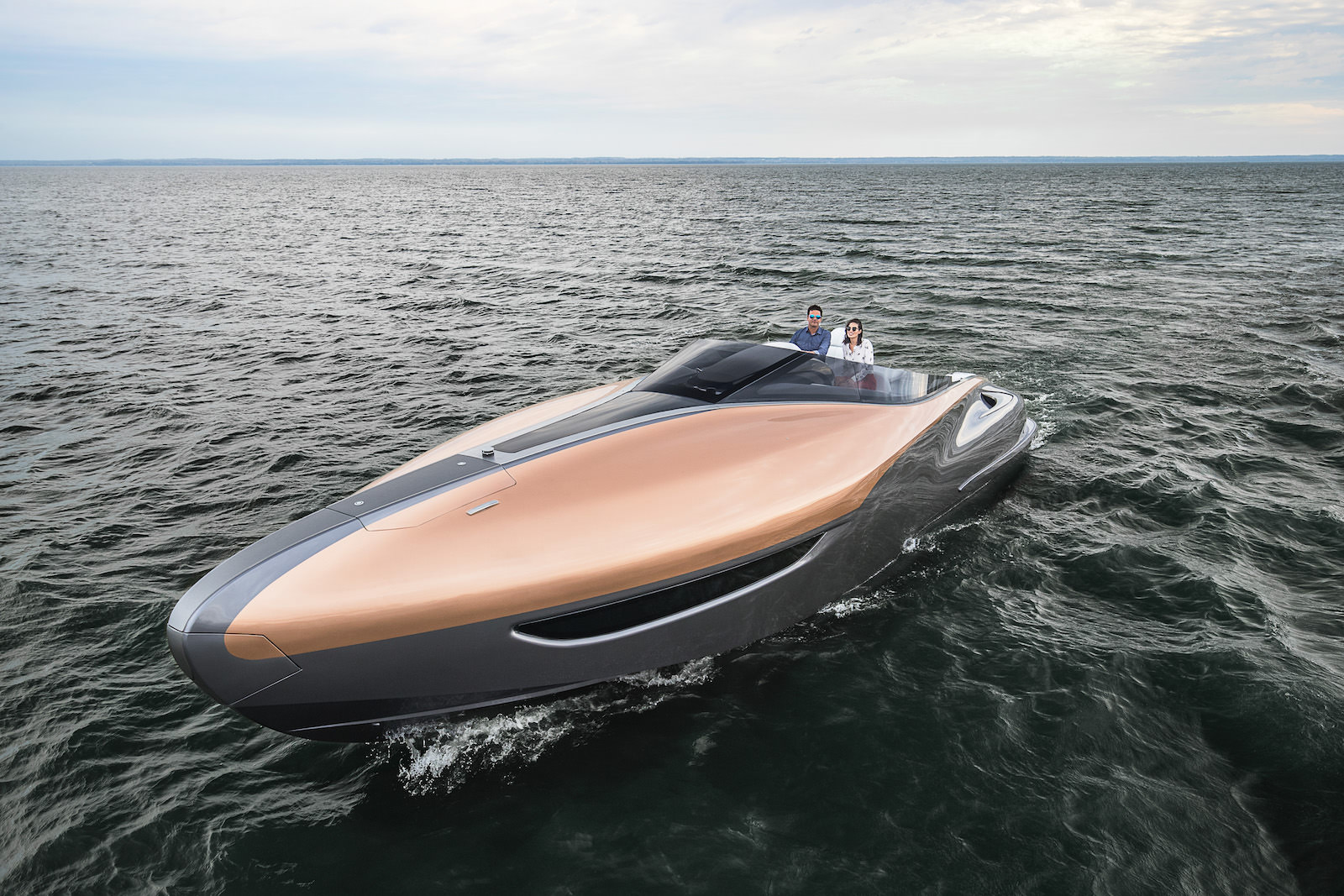 Lexus_Sport_Yacht_concept_5_85E6911F967396F557BAFE9D7DDA917ABBCB3DC8-1