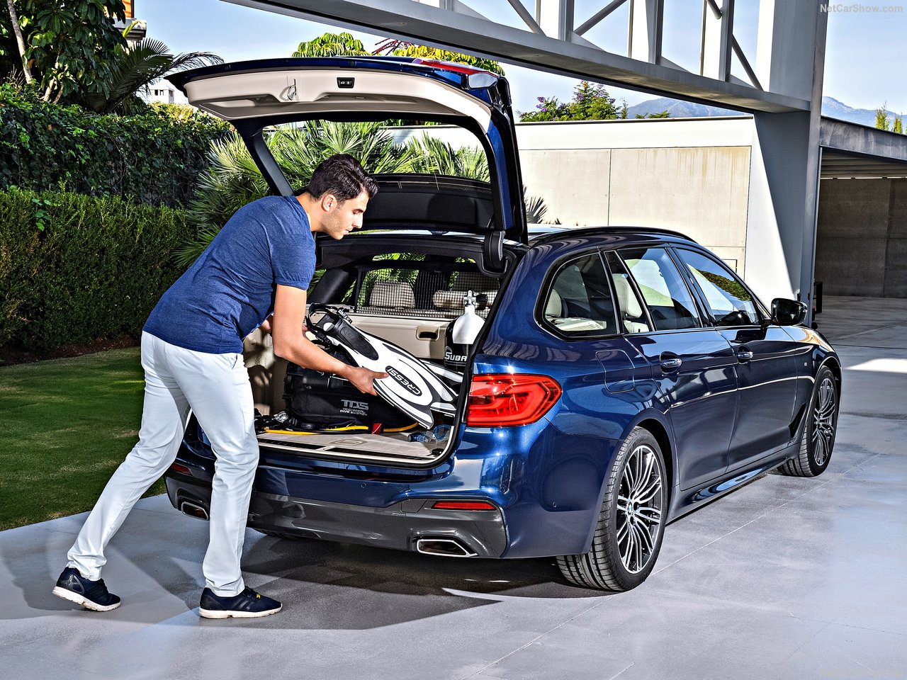 BMW-5-Series_Touring-2018-1280-21