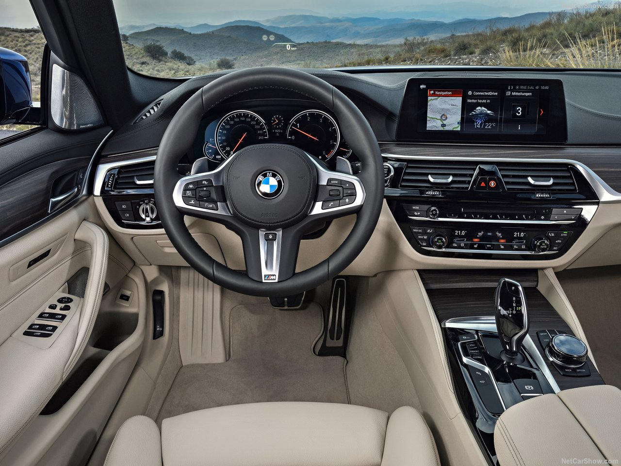 BMW-5-Series_Touring-2018-1280-26