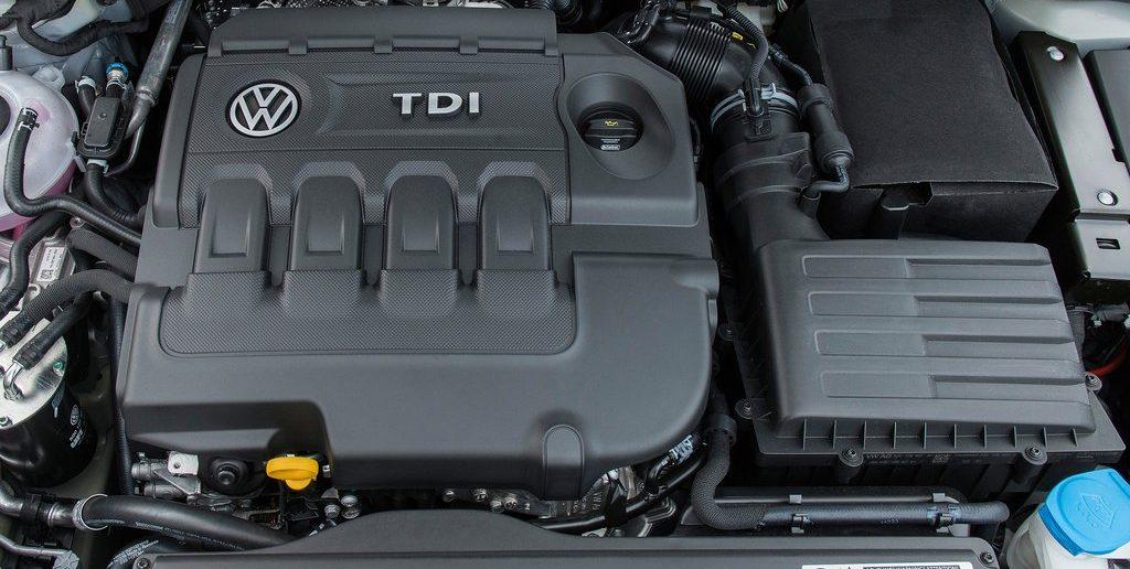 Volkswagen-Golf-2017-1024-46