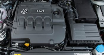 Volkswagen-Golf-2017-1024-46